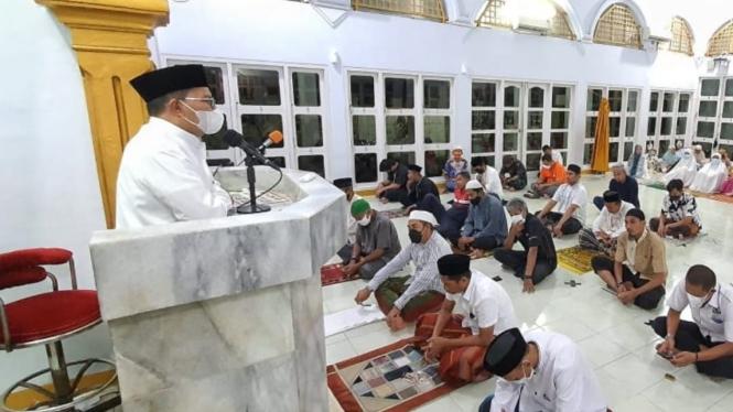 Wali Kota Makassar, Mohammad Ramdhan Pomanto berceramah di Masjid