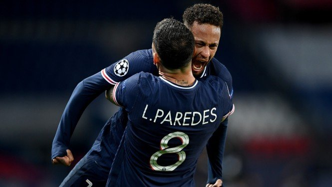 Pemain Paris Saint-Germain (PSG), Neymar dan Leandro Paredes