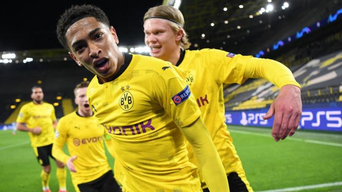 Pemain Borussia Dortmund, Jude Bellingham, merayakan gol