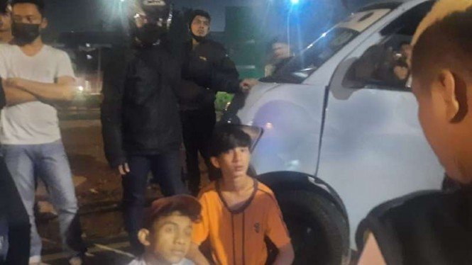 Saksi jelaskan ugal-ugalan sopir angkot Bekasi tabrak pejalan kaki dan mobil