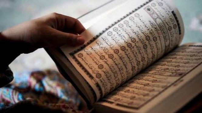 Inilah Dalil Keutamaan Membaca Alqur'an Setiap Hari