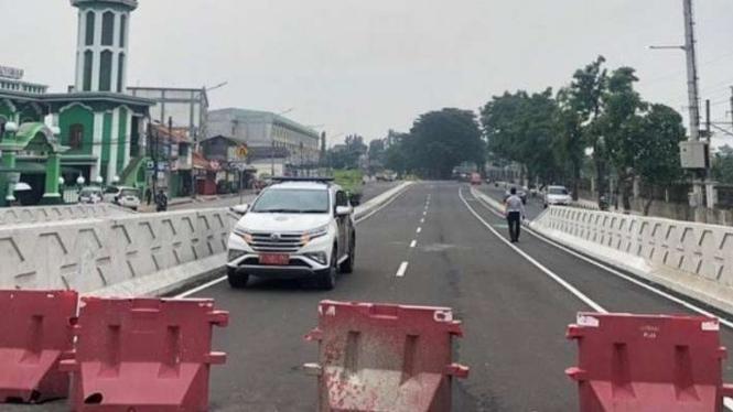 Jalan layang (flyover) Cakung telah rampung dikerjakan.