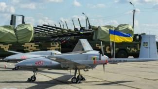 VIVA Militer: Drone Bayraktar TB2 Angkatan Darat Ukraina