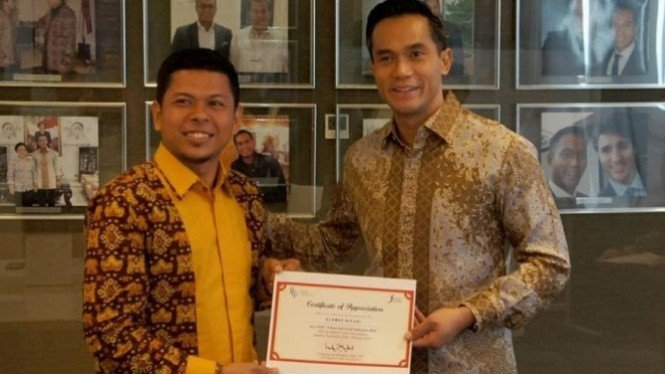 Koordinator PKH Lampung Slamet Riyadi bersama Founder BCF Anindya Bakrie