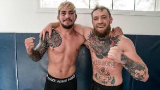 Dillon Danis bersama Conor McGregor
