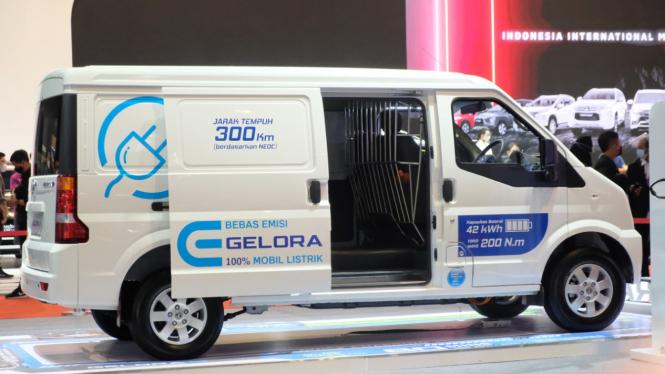 Mobil listrik DFSK Gelora E