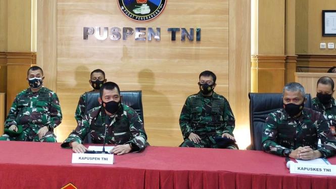 VIVA Militer: Kapuspen TNI Mayjen TNI Achmad Riad dan Kapuskes TNI