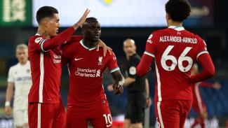 Pemain Liverpool merayakan gol Sadio Mane (tengah)