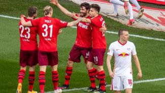 Pemain Koln merayakan gol ke gawang RB Leipzig