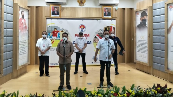 Menpora Zainudin Amali bersama Ketum PSSI, Mochamad Iriawan dan jajarannya