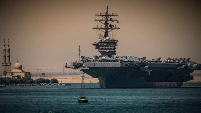 VIVA Militer: USS Dwight D. Eisenhower (CVN-69)