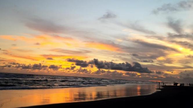 Wisata bahari Indonesia berpotensi dalam menujang kesejahteraan masyarakat pesisir