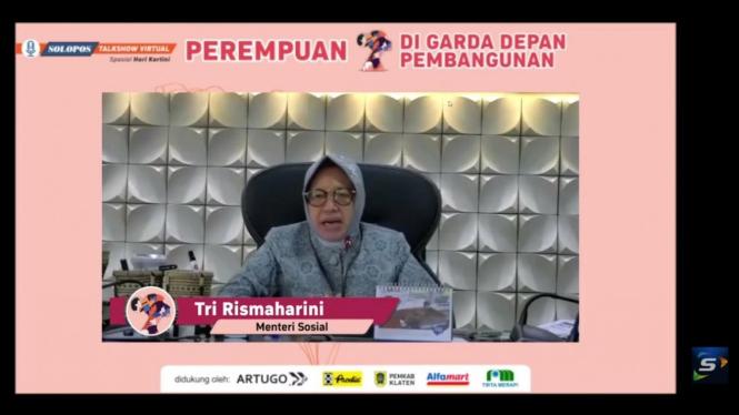 Menteri Sosial Tri Rismaharini saat menjadi salah satu pembicara pada acara Talkshow Spesial Hari Kartini yang digelar daring di Jakarta, Kamis (22/4/2021).