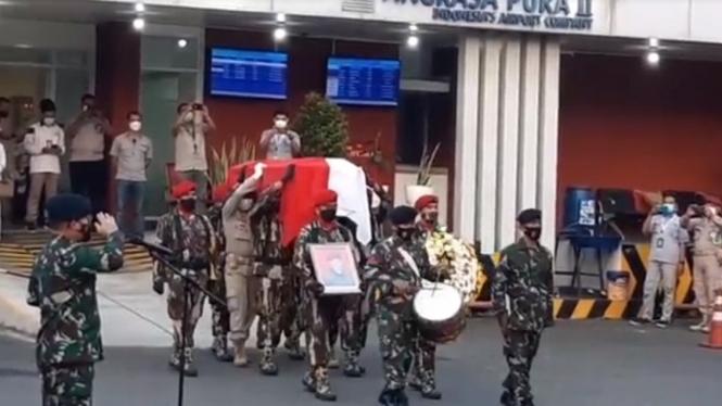 Jenazah Kabinda Papua Mayjen Anumerta IGP Danny Nugraha tiba di Jakarta