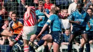 Manchester City harus terdegradasi dari kasta 2 di musim 1997/98.