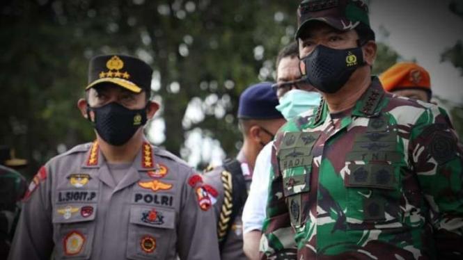 VIVA Militer: Dua jenderal.