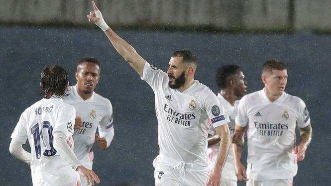Selebrasi Karim Benzema usai bobol gawang Chelsea.