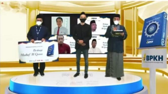 Launching program Berbagi Mushaf Al-Qur'an secara virtual