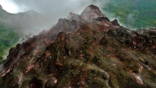 Dewa Gunung, Sang Hyang Acalapati