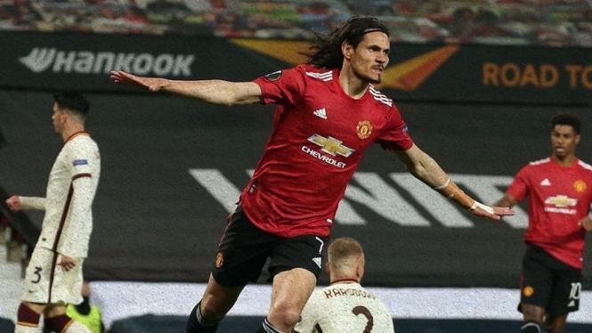 Edinson Cavani saat Manchester United melawan AS Roma