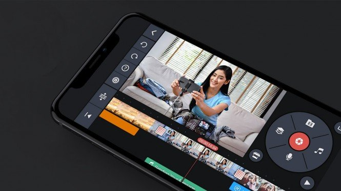 Ilustrasi menyunting video di ponsel