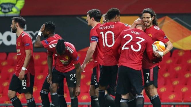 Pemain Manchester United merayakan gol ke gawang AS Roma