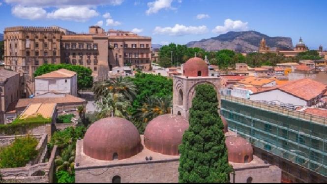 Kota Palermo, yang terletak di Pulau Sisilia