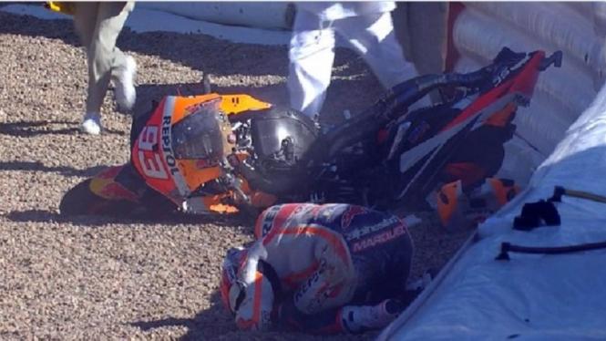 Marc Marquez alami kecelakaan saat menjalani sesi FP3 MotoGP Spanyol 2021.