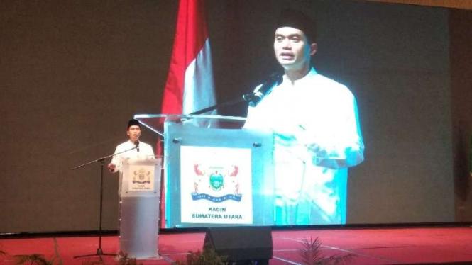 Calon ketua umum Kadin Indonesia Anindya Bakrie saat menghadiri deklarasi dukungan kepadanya sekaligus berbuka puasa bersama di Hotel JW Marriot, Kota Medan, Sumatera Utara, Sabtu malam, 1 Mei 2021.