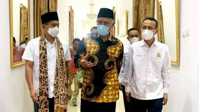 Anindya Bakrie bersama Gubernur Sumatera Barat Mahyeldi Ansharullah.
