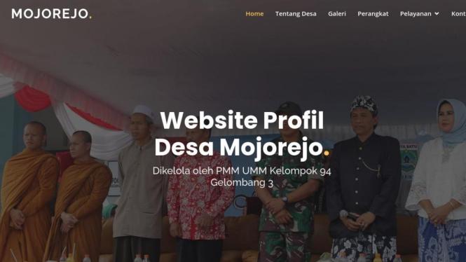 Tampilan awal dari website mojorejobatu.id