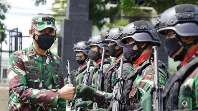 VIVA Militer: Asops Panglima TNI kunjungi markas Pasukan Setan Yonif 315/Garuda