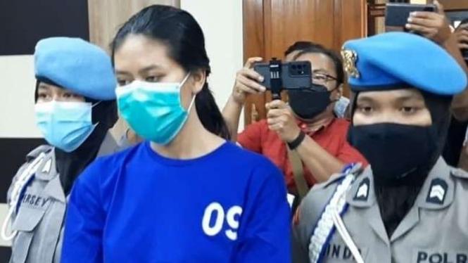 Tersangka kasus sate beracun di Bantul, Yogyakarta.
