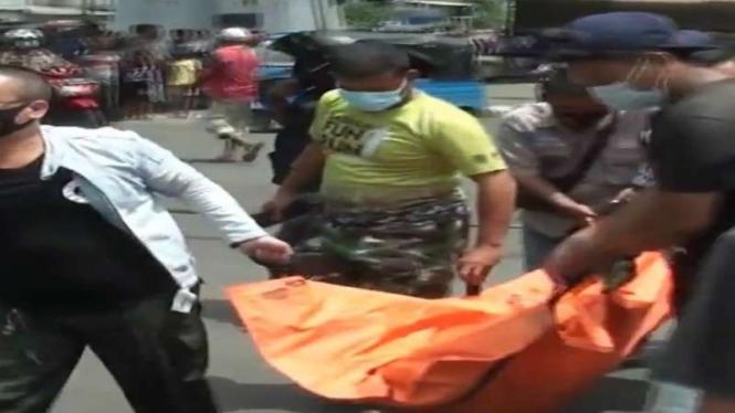 Jenazah pria hancur usai melambungkan diri ke KRL yang berjalan kencang