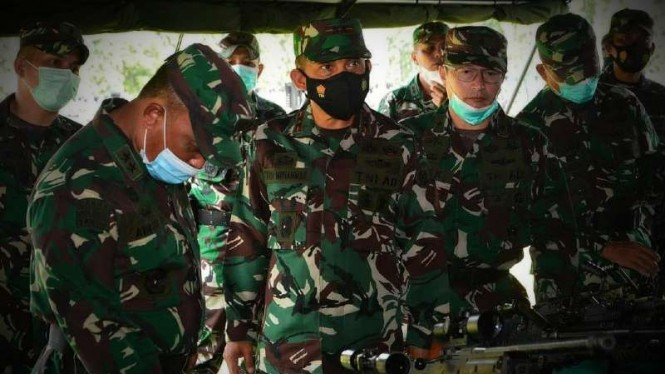 VIVA Militer: Kaskostrad mengecek kesiapan persenjataan Yonmek Raider 412/BES