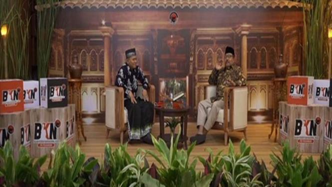 Sejarawan Santri Zainul Milal Bizawi mengisi acara Ngabuburit bersama BKNP PDIP