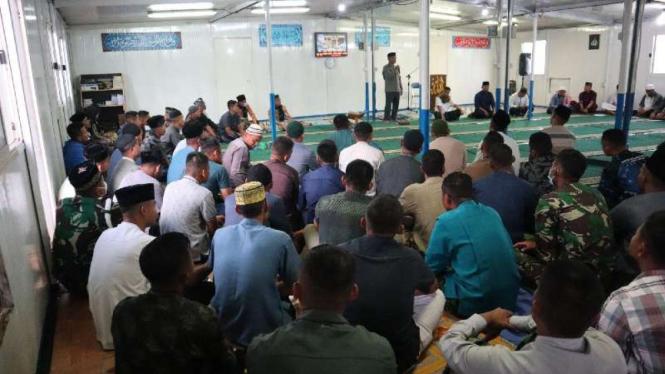 VIVA Militer: Satgas TNI Konga gelar acara peringatan Nuzulul Qur'an di Kongo