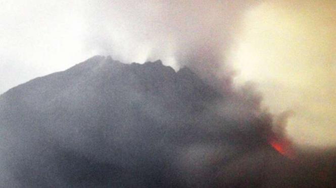 Erupsi Gunung Merapi.