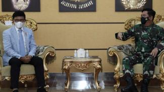 VIVA Militer: Panglima TNI bertemu dengan Menkominfo Jonny G.Plate
