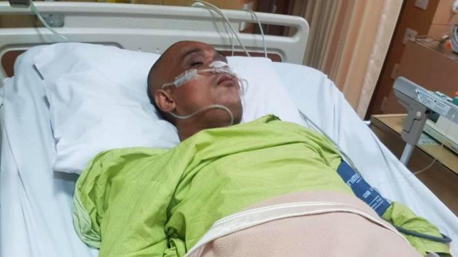 Bang Sapri Pantun terbaring dirawat di rumah sakit
