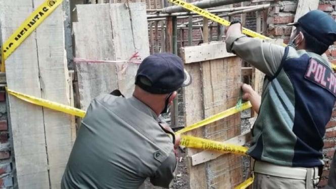 pembangunan Masjid Ahmadiyah di Kampung Nyalindung disegel