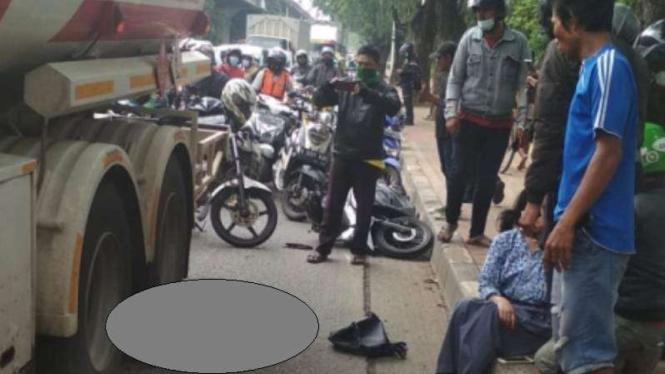 Pelajar tewas terlindas truk Pertamina di Kelapa Gading, Jakarta Utara.