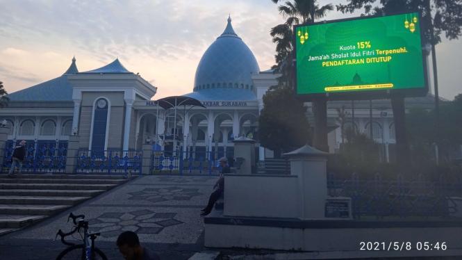 Edaran Walkot Salat Id di Rumah Beda Dengan Masjid Al Akbar Surabaya