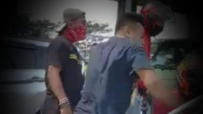 VIVA Militer: Preman Priok penghadang prajurit TNI.