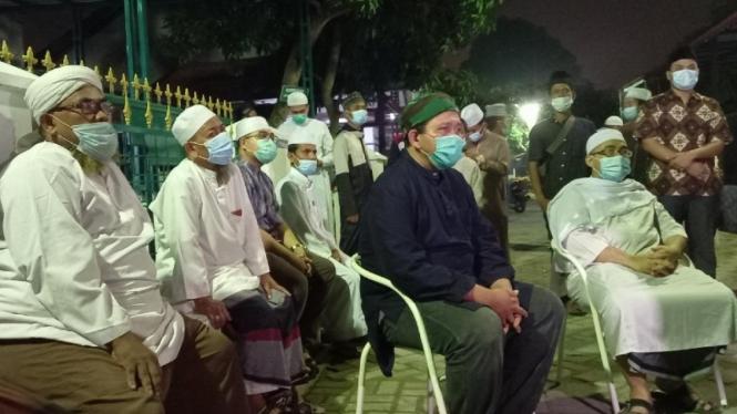 Suasana kediamanan almarhum Ustaz Tengku Zulkarnain di Medan.