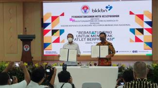 Menpora Zainudin Amali dan  Kepala BKKBN Hasto Wardoyo