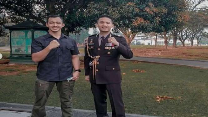 Lettu Mat Sony Misturi (kiri) asisten ajudan Jokowi yang baru