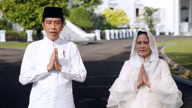 Presiden Jokowi dan Ibu Negara Iriana mengucapkan selamat Hari Raya Idul Fitri.