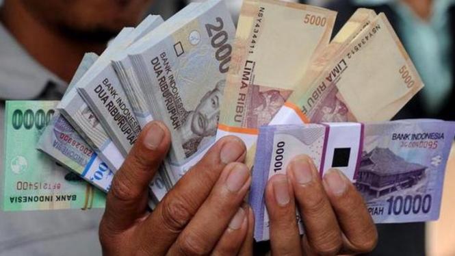 Ilustrasi jenis pecahan uang
