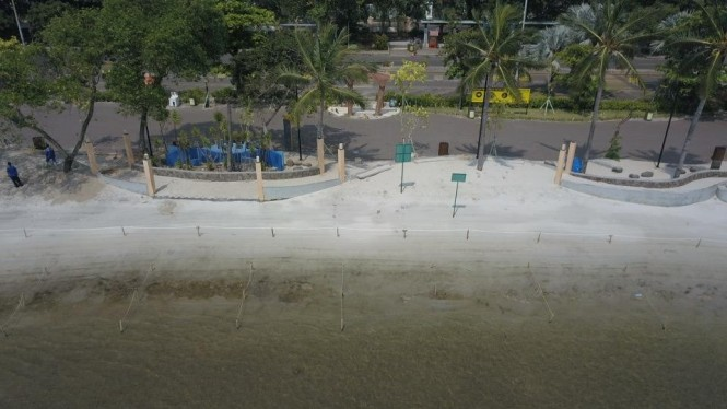 Ancol ditutup.